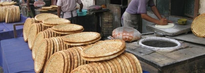KASHGAR, CINA – L'oasi millenaria del popolo Uiguri